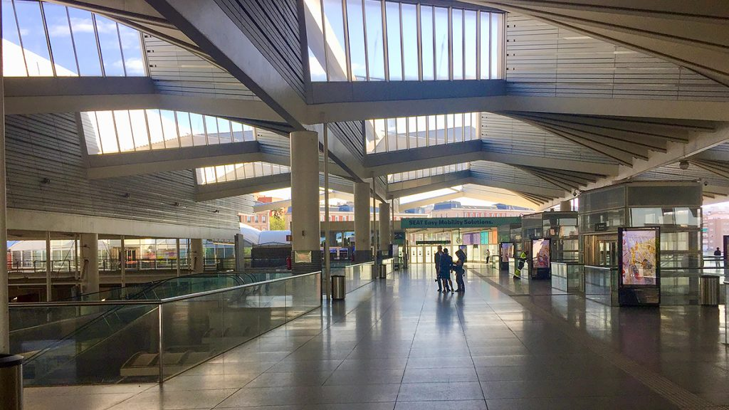 Picture - ShootOutside Film/Photo Fixer Services Spain Madrid RENFE ZDF - Railway Station