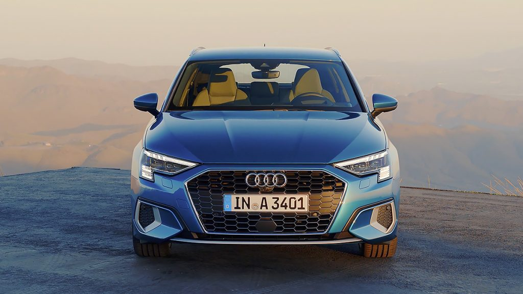 Picture - ShootOutside Studio One Film/Photo Car Platform Spain Andalusia - 2020 Audi A3